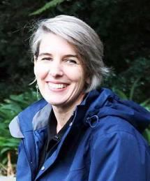 Dr Trisia Farrelly